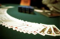 4 Blackjack Strategies That Are Best Avoided